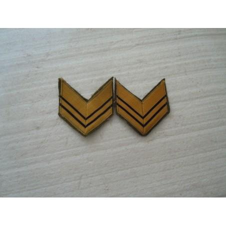 Coppia di gradi militari baffi in lana sergente maggiore esercito