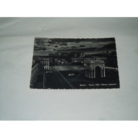 Cartolina Genova piazza della Vittoria viaggiata