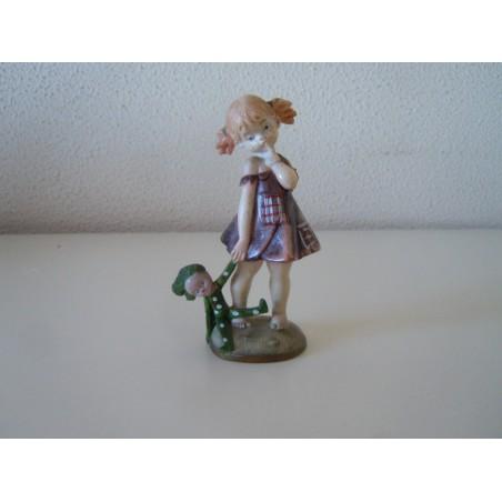 Fontanini depose italy bambina con bambola figurino